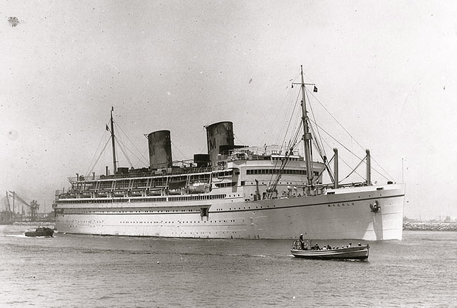 Cruise History Matson Lineu2019s MALOLO Sailed Around The Pacific In October 1929. Many ...