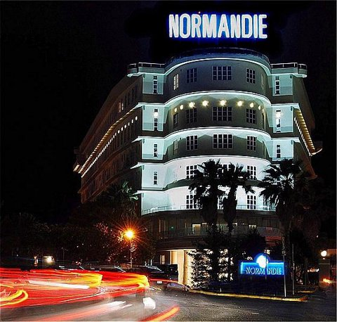 normandiegrandsalon_ext_02_j.jpg