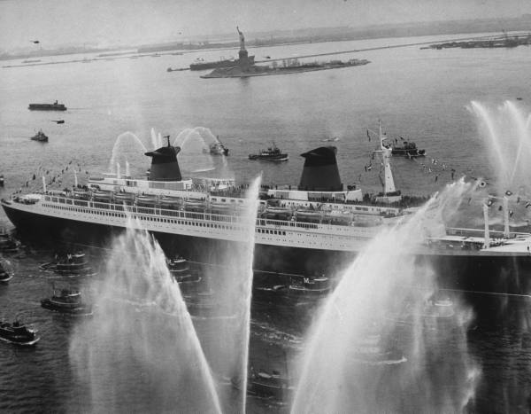 The SS France arrives in New York on maiden voyage.