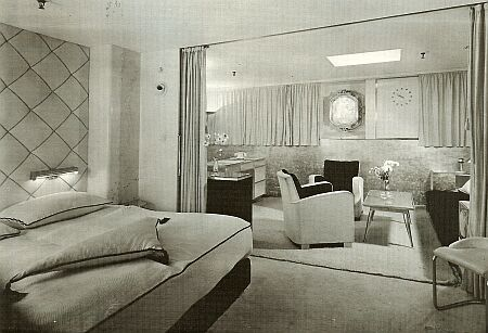 1948 katharine hepburn sails aboard holland american line for Interieur stage amsterdam