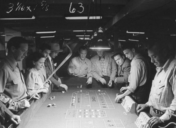 Illegal gambling in the 1920s casino download free no