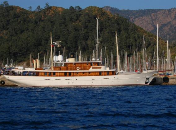 ... financier J. P. Morgan Jr. have one thing in common – classic yachts!