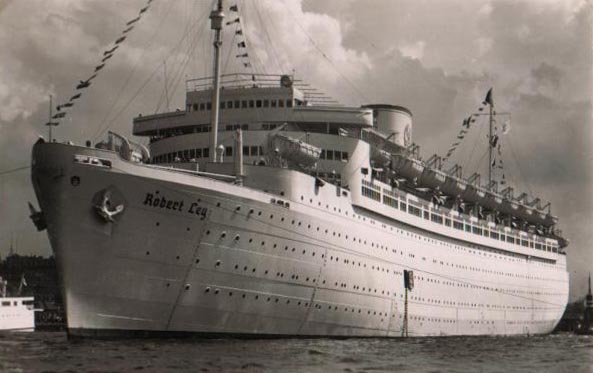 GERMANS BUILT FIRST CRUISE SHIPS JUST