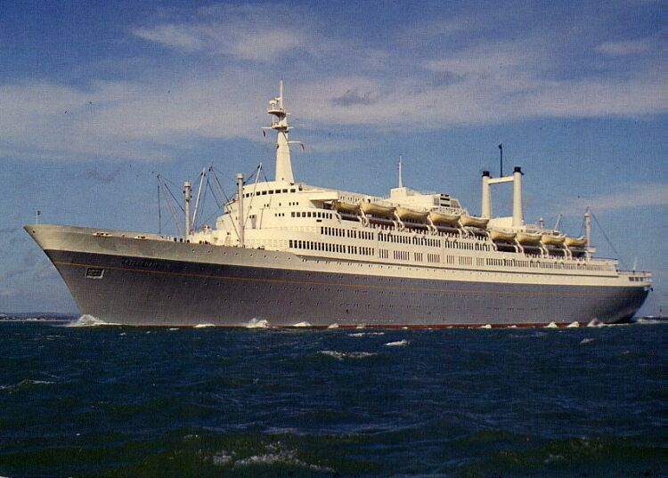 Crystal Cruises carries on the tradition of the great ...