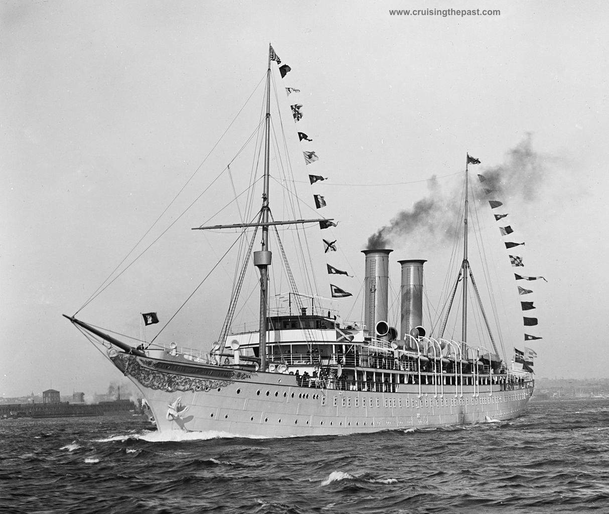 Cruise And Ocean Liner History The Golden Age Of Ocean Liners Cruising The Past