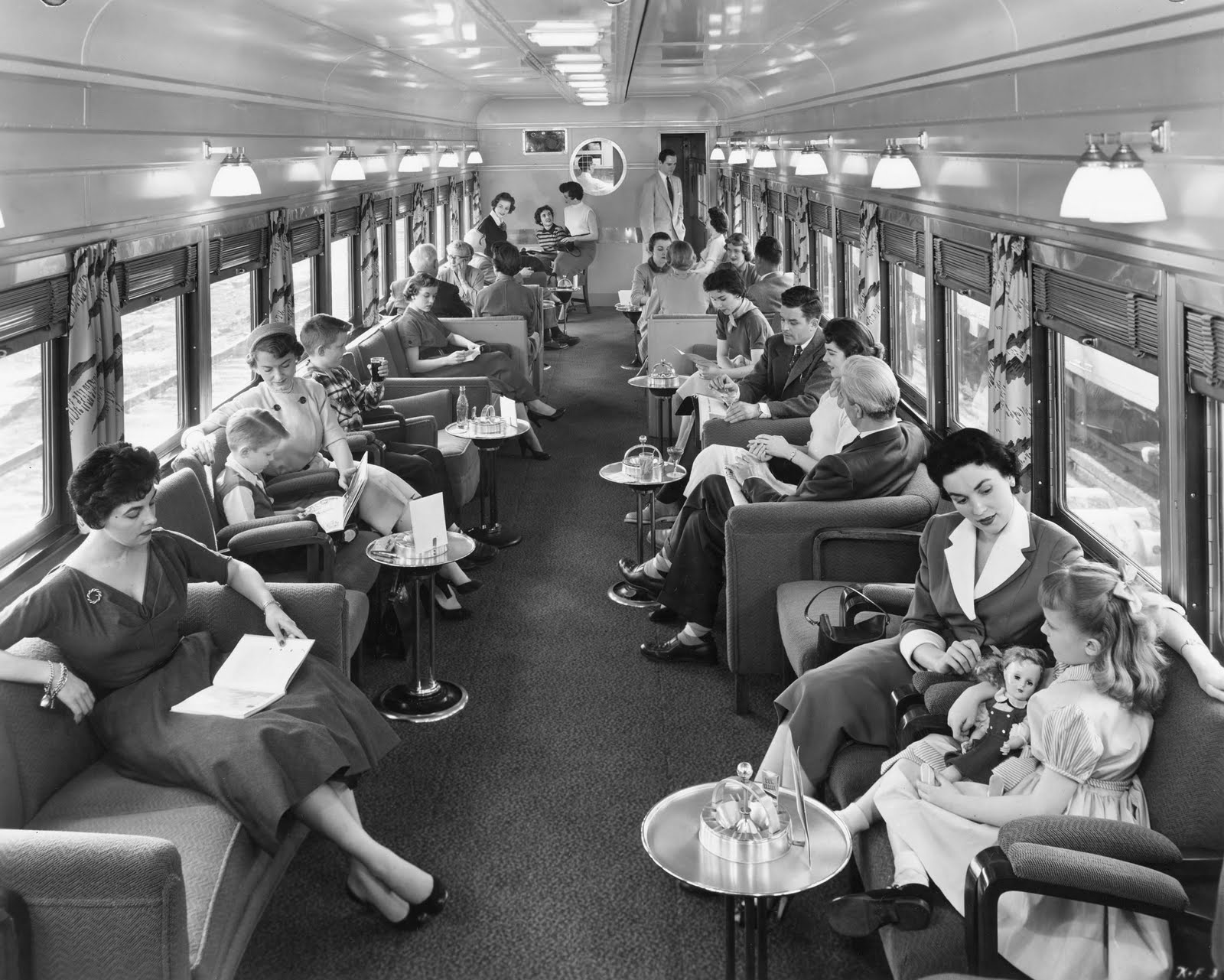 the pullman streamliner city of los angeles cruising the past. Black Bedroom Furniture Sets. Home Design Ideas