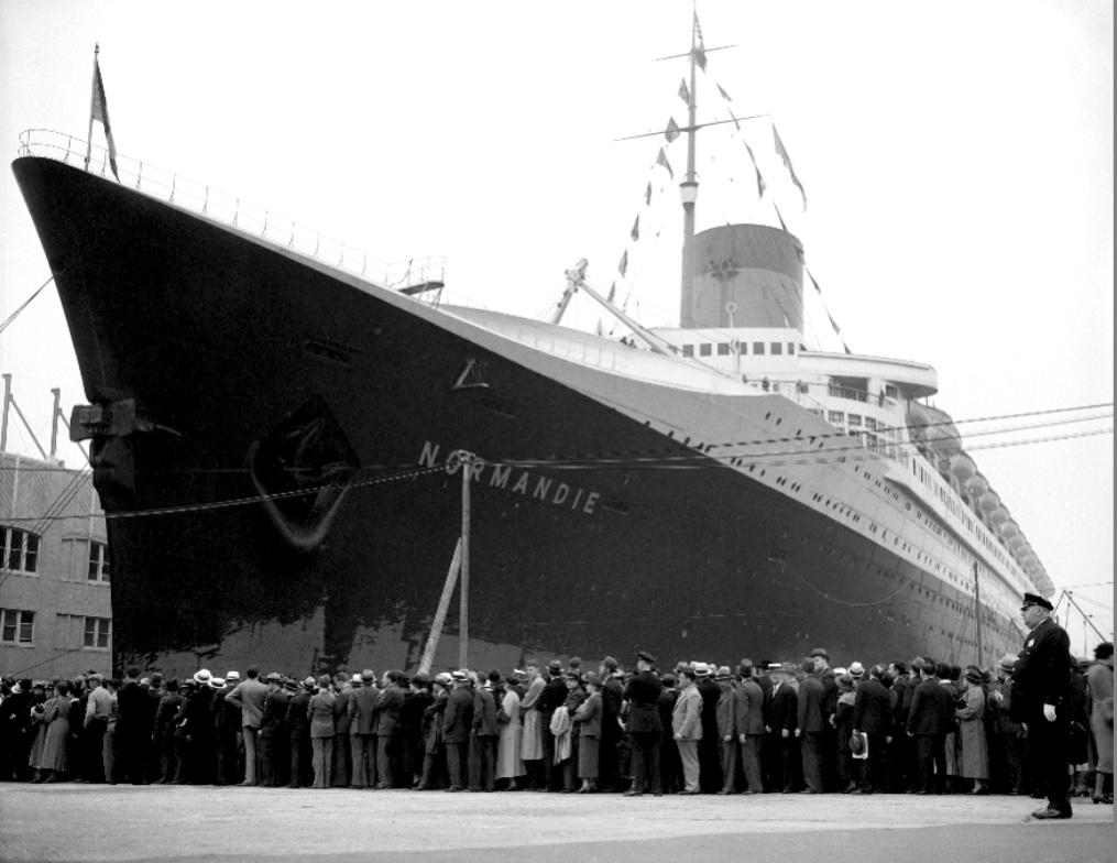 CRUISE HISTORY HISTORY OF CRUISING CRUISE LINE HISTORY - History of cruise ship industry