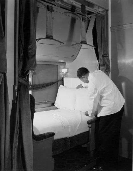 Pullman-13-01-03-Bx.1-Fl.#34,-Car-Service,-Porters-Preparing-Beds,-1940
