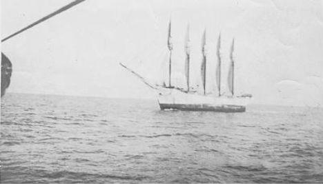 ghost-ship-carol-deering