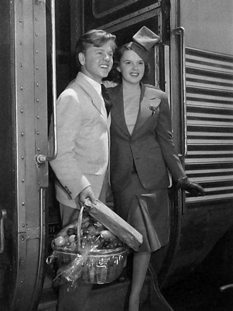 mickey-rooney-judy-garland-train-travel