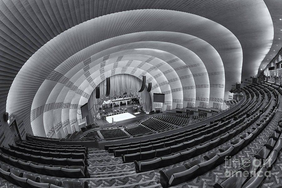radio-city-music-hall-vi-clarence-holmes