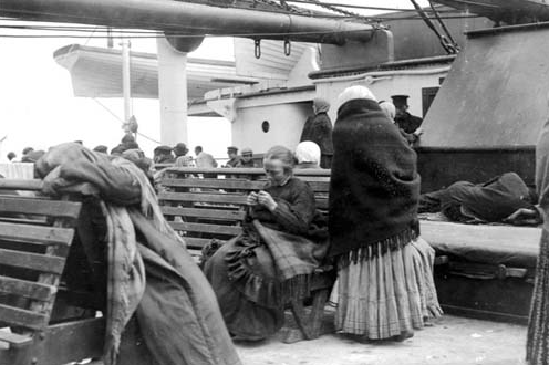 Immigrants to America on the SS IMPERATOR