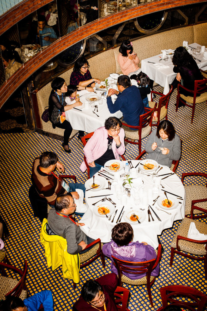 china_cruise_dining